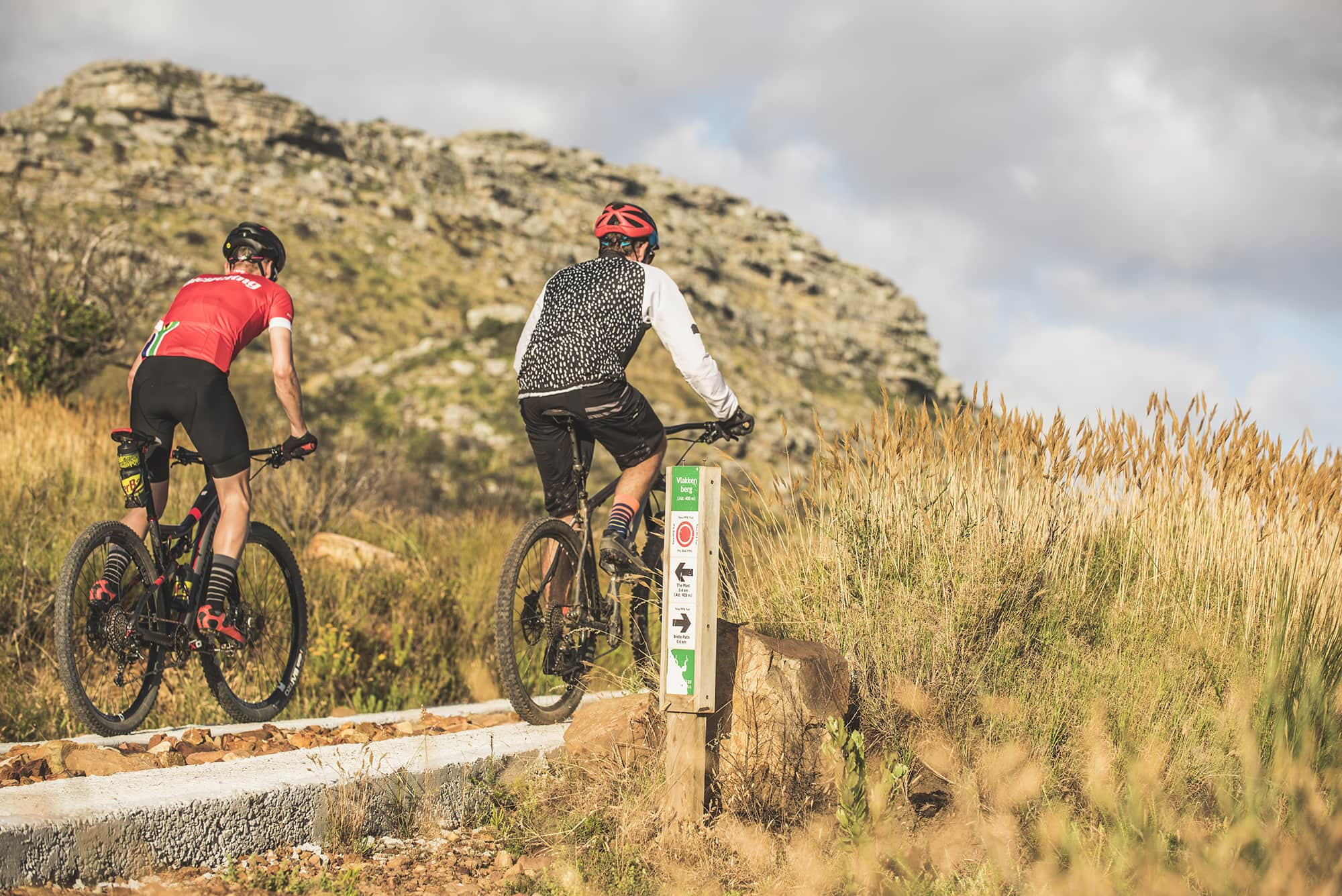 wow-ride-tokai-desmond-louw-bicycling-sa-200px-00150