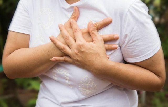 chest-pain-benjamas11