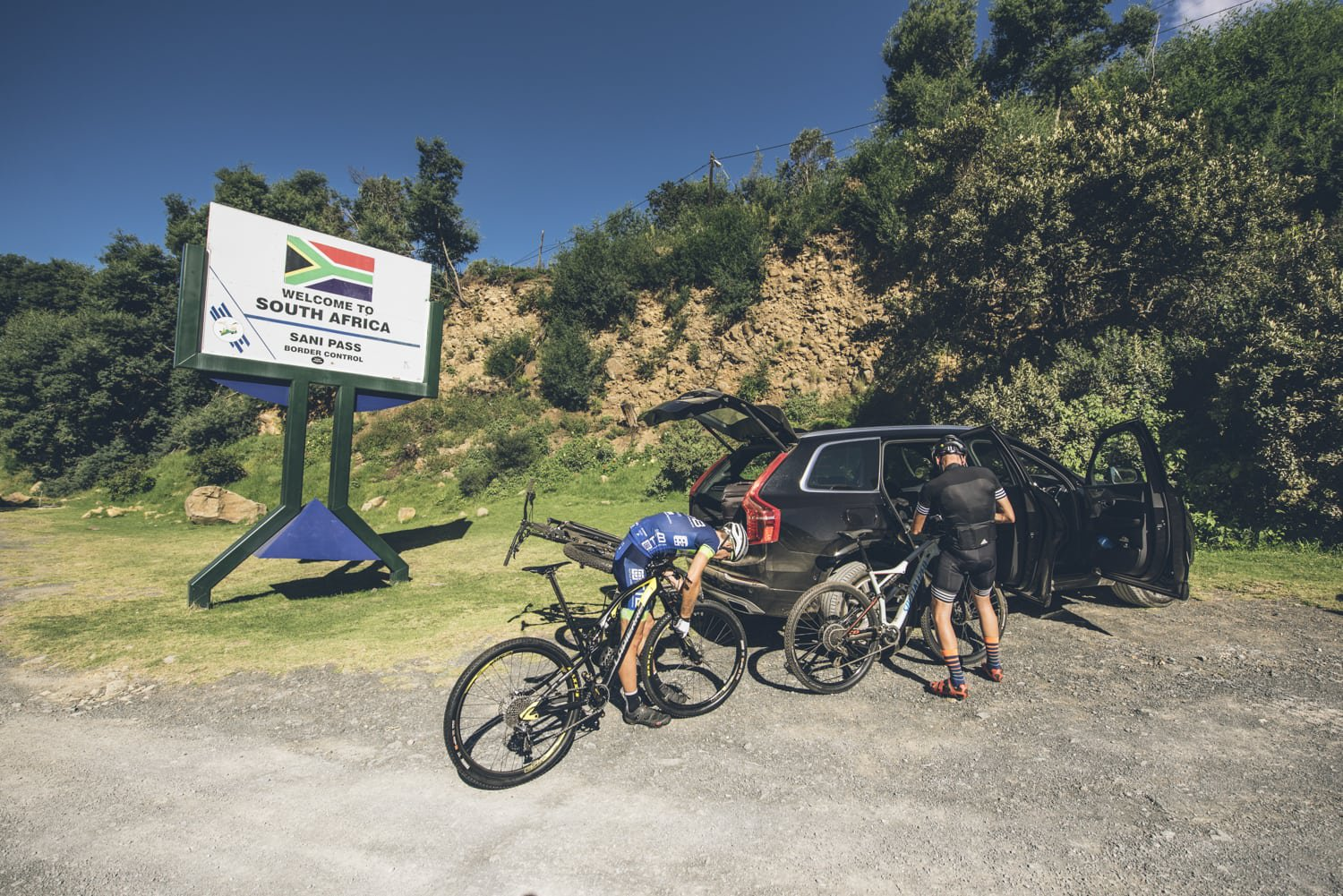 sani-pass-desmond-louw-bicycling-magazine-wowrides-0033