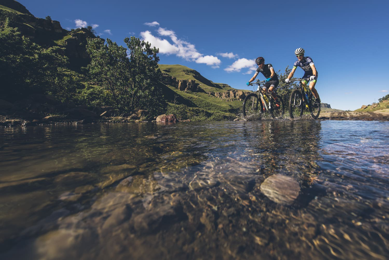 sani-pass-desmond-louw-bicycling-magazine-wowrides-0041