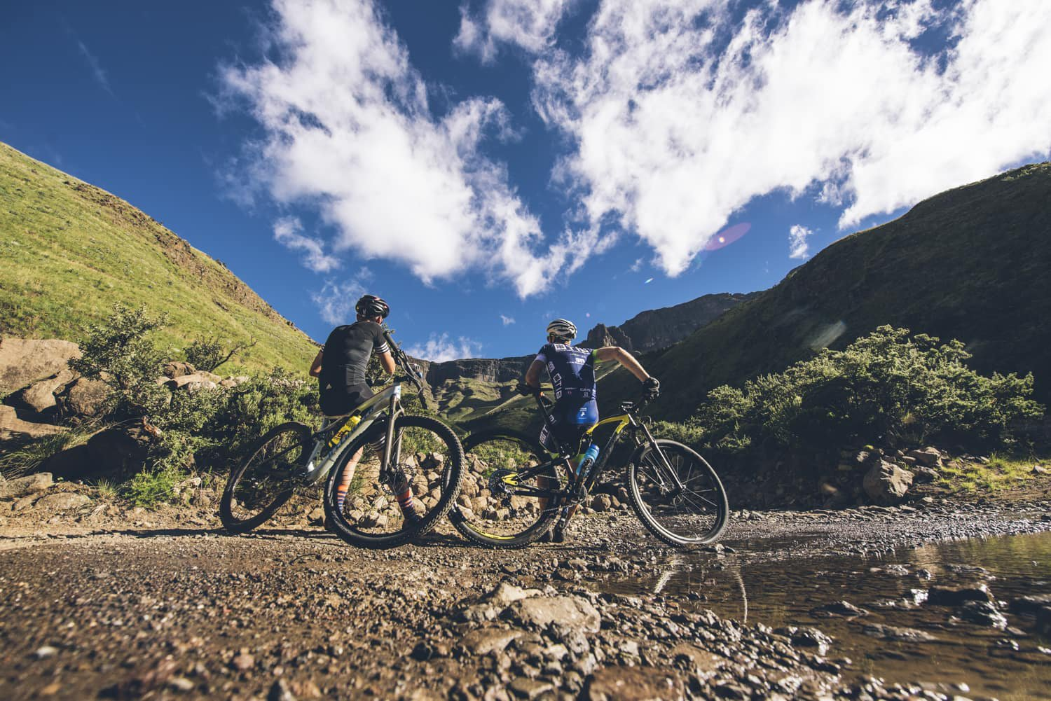 sani-pass-desmond-louw-bicycling-magazine-wowrides-0059