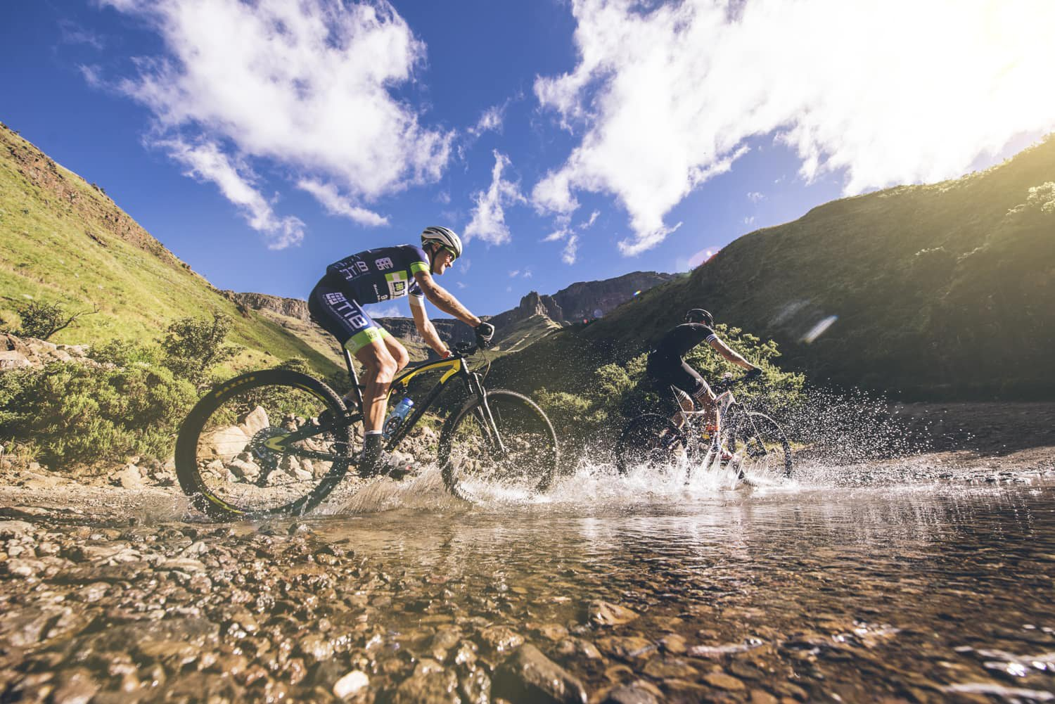sani-pass-desmond-louw-bicycling-magazine-wowrides-0060