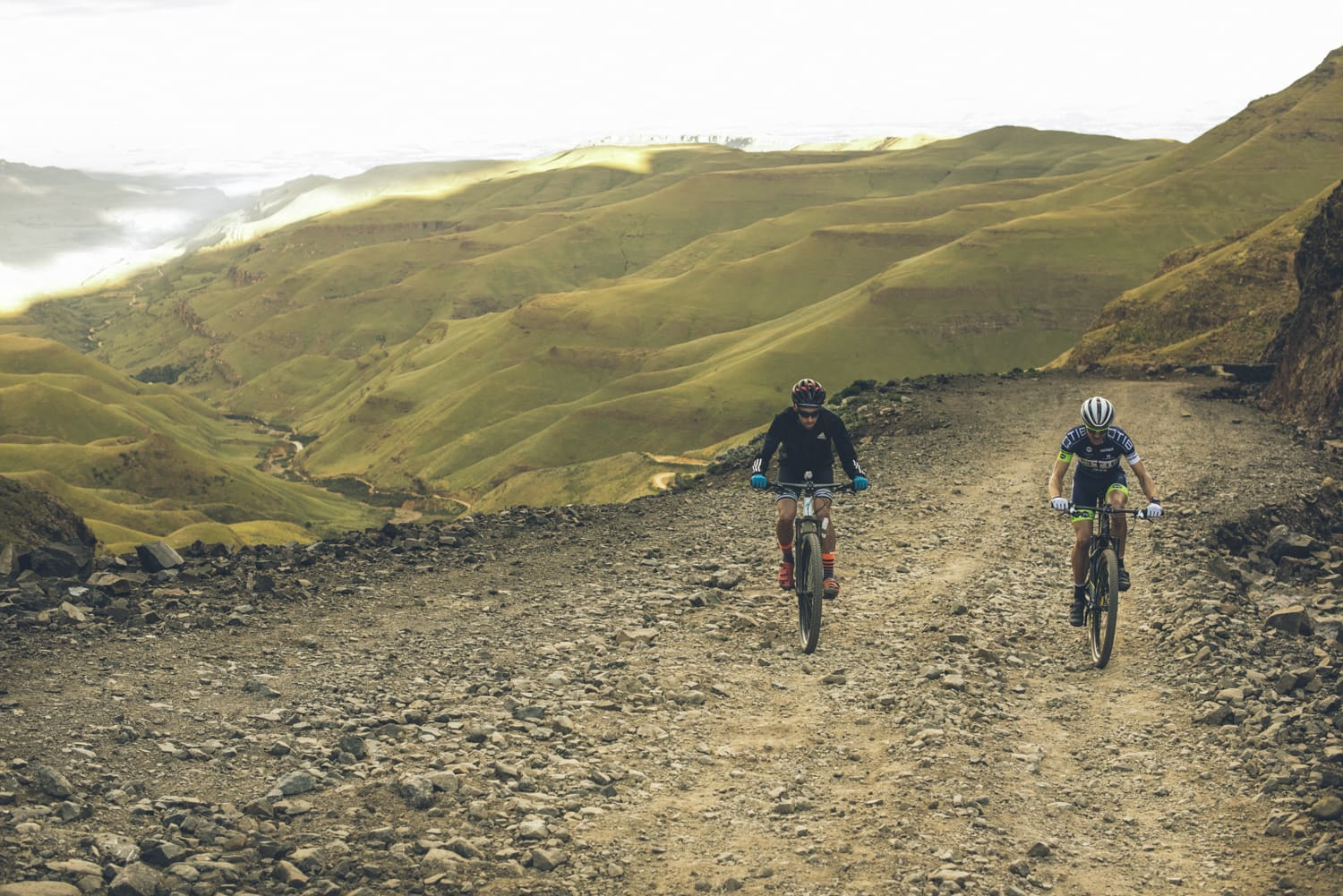 sani-pass-desmond-louw-bicycling-magazine-wowrides-0095