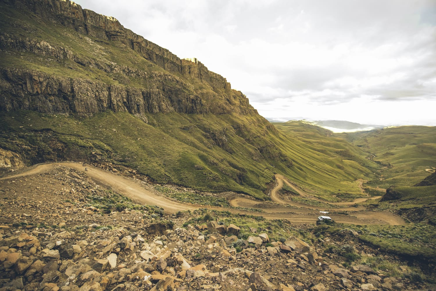 sani-pass-desmond-louw-bicycling-magazine-wowrides-0099