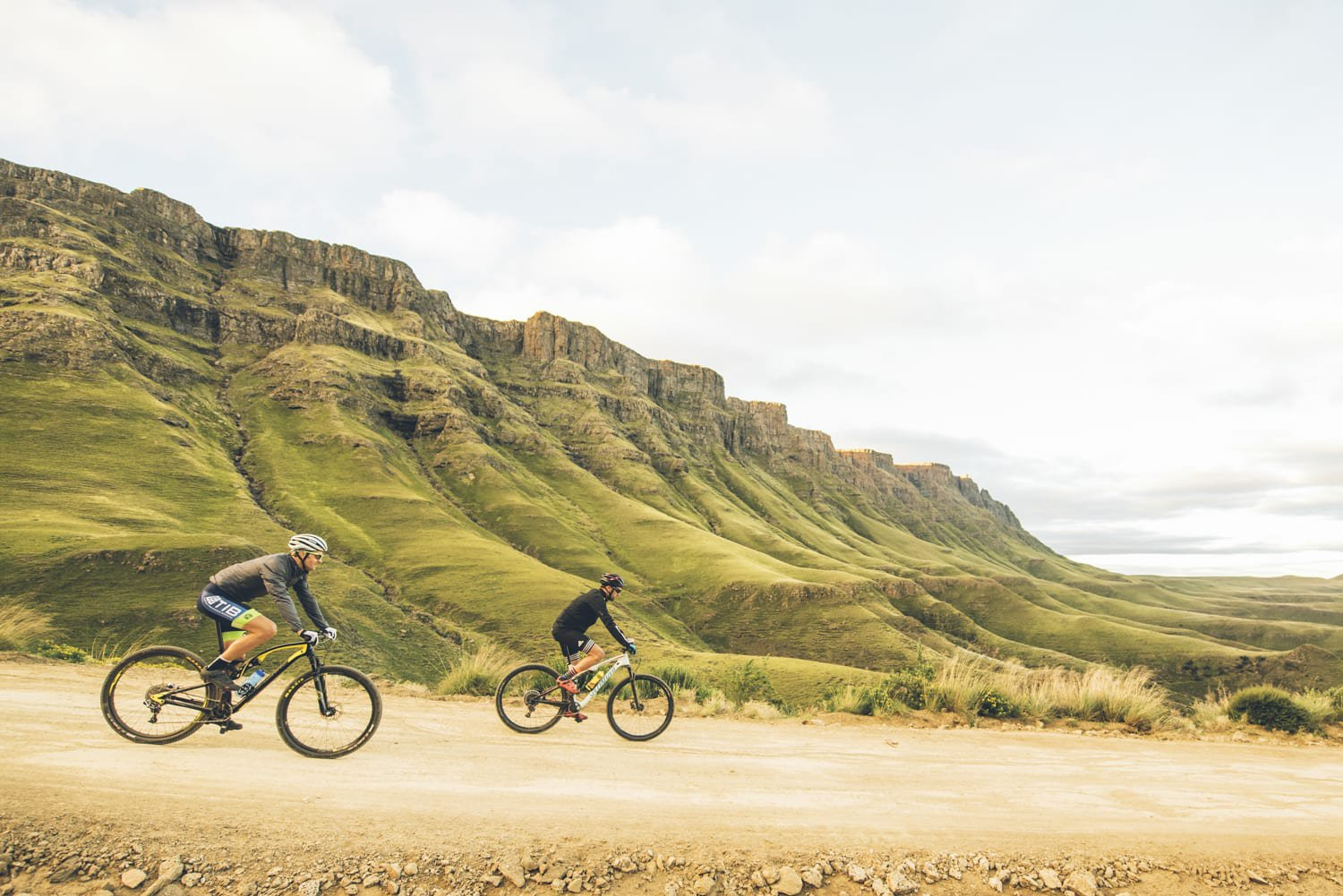 sani-pass-desmond-louw-bicycling-magazine-wowrides-0113