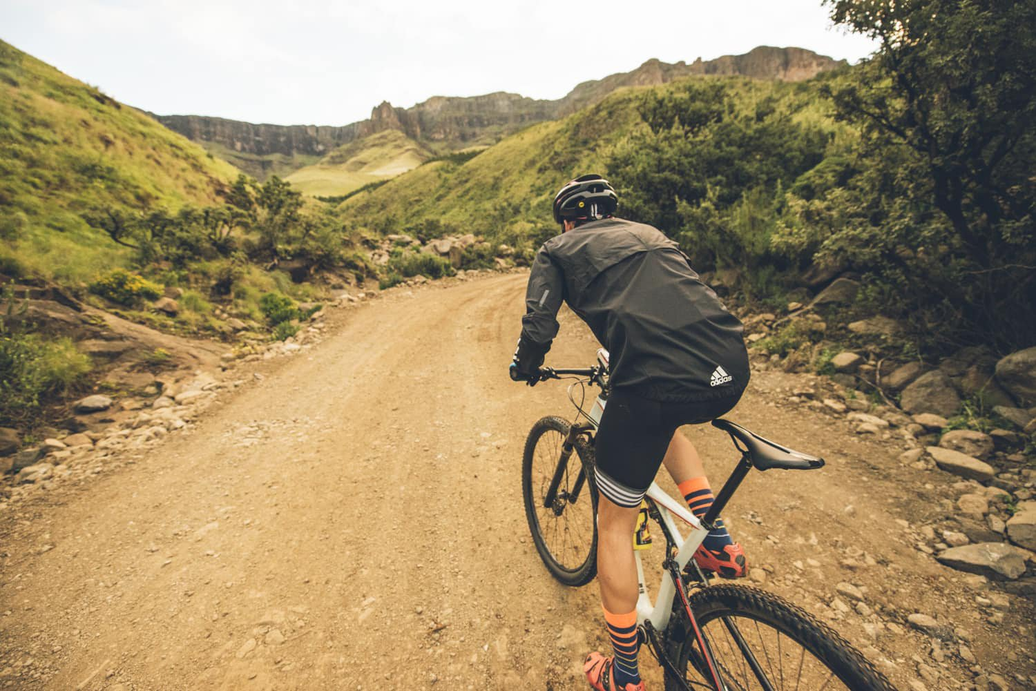 sani-pass-desmond-louw-bicycling-magazine-wowrides-0120