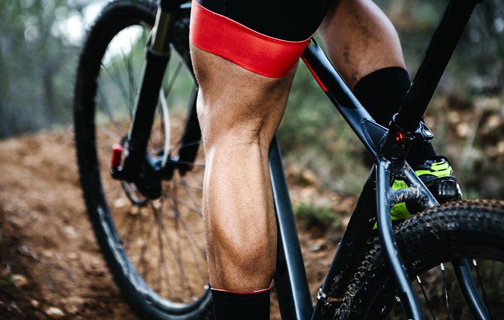 tick-prevention-mtb-legs