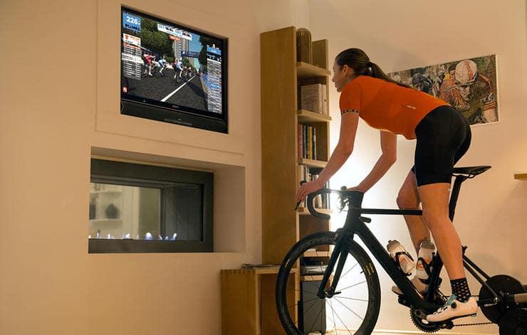 zwift-livingroom-gear