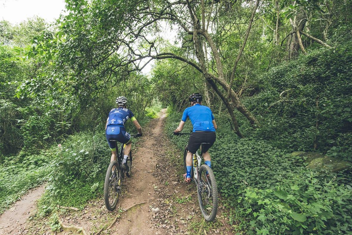 giba-gorge-desmond-louw-bicycling-magazine-wowrides-0056