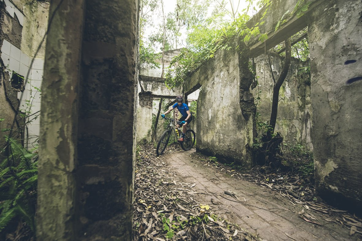 giba-gorge-desmond-louw-bicycling-magazine-wowrides-0091