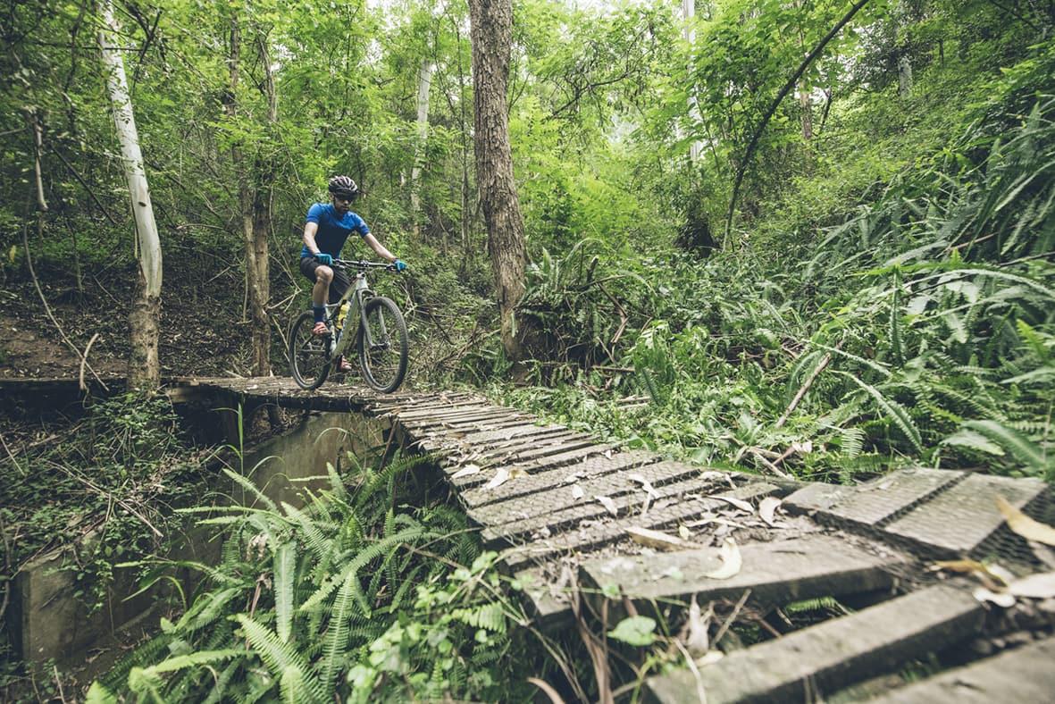 giba-gorge-desmond-louw-bicycling-magazine-wowrides-0097