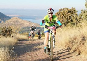 Enter the Land Rover Kgaswane MTB Race and you can expect unbelievable riding