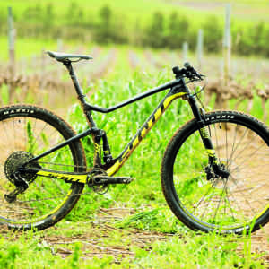 dual-suspension bikes Scott Spark RC 900 Pro